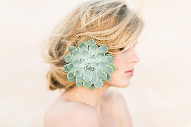 um-doce-dia-noivas-5-penteados-florais-02