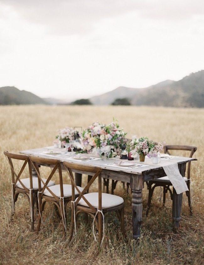 um-doce-dia-casamento-inspiracao-romance-relvado-13