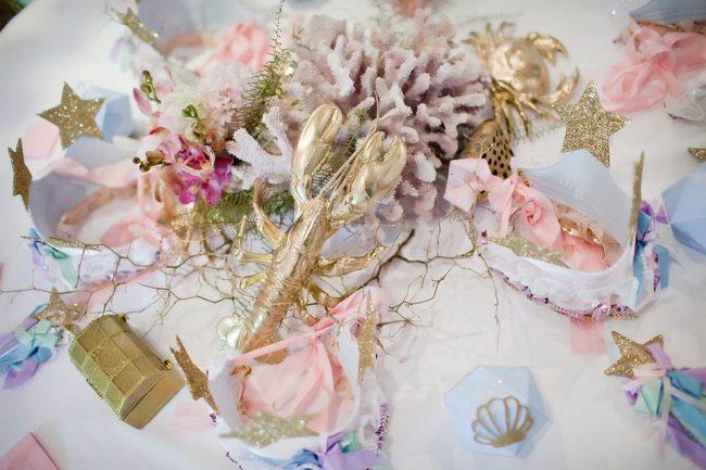 um-doce-dia-festa-decoracao-menina-sereia-glam-03