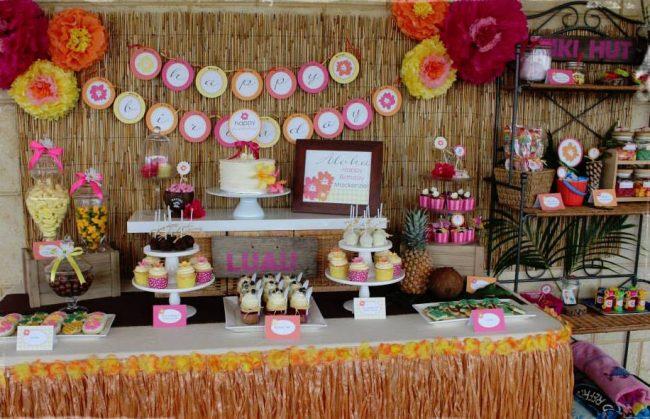um-doce-dia-festa-meninas-luau-havaiano-no-quintal-08