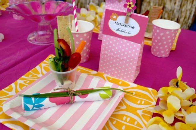 um-doce-dia-festa-meninas-luau-havaiano-no-quintal-14