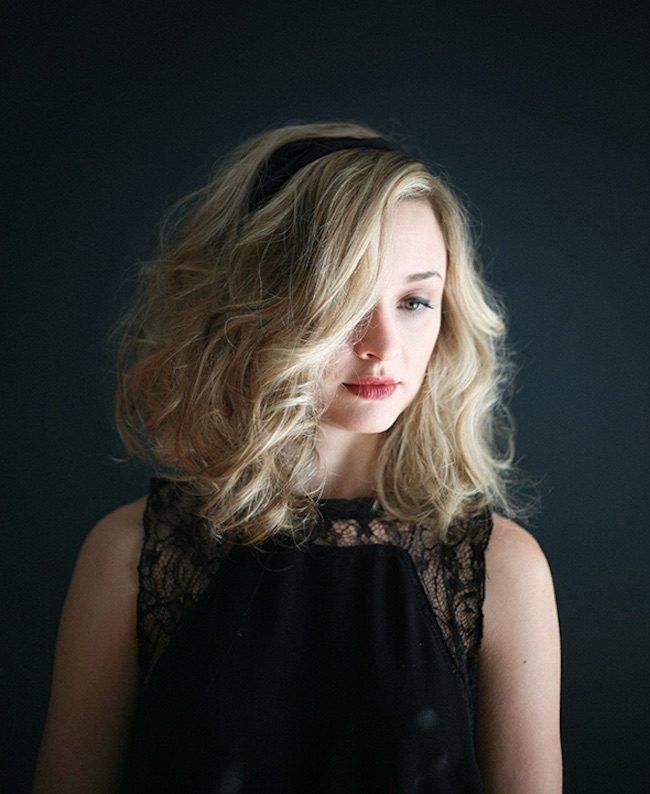 um-doce-dia-penteado-ondulado-para-cabelos-medios-01