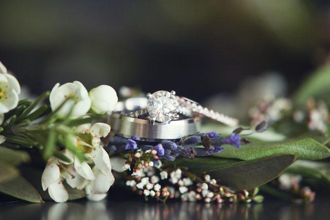 um-doce-dia-decoracao-casamento-no-quintal-02