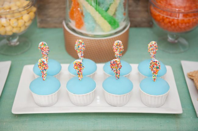um-doce-dia-festa-inspiracao-aniversario-tematico-sorvete-de-baunilha-10