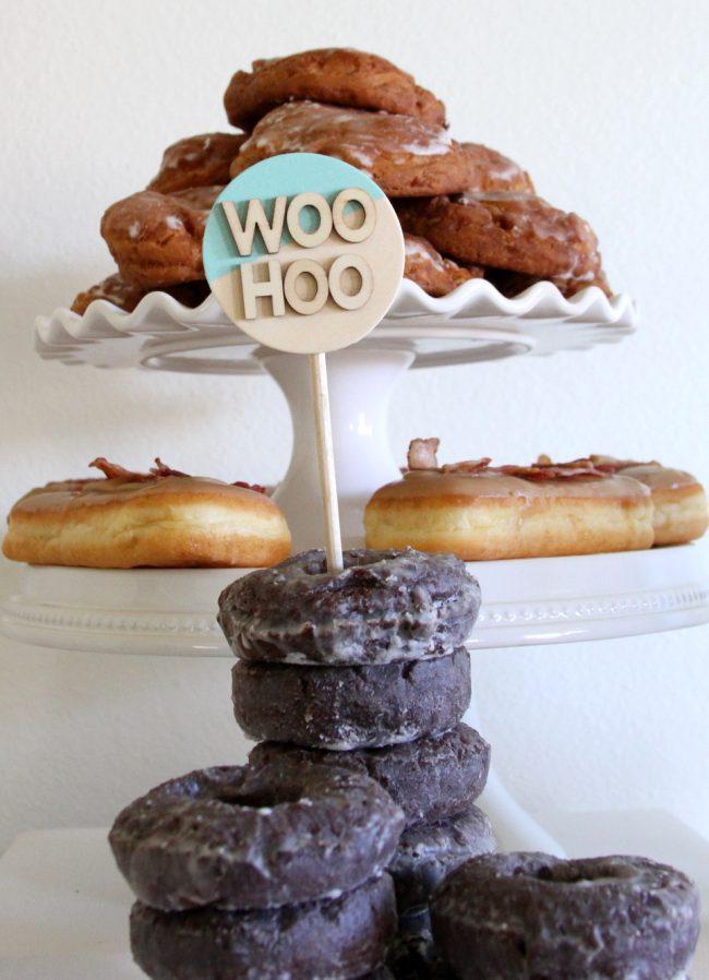 um-doce-dia-mesa-de-sobremesas-donuts-03
