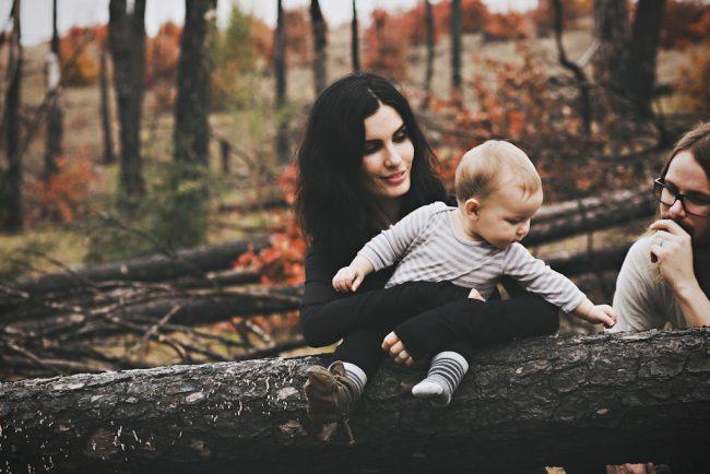 um-doce-dia-sessao-fotografica-familia-bosque-de-outono-07