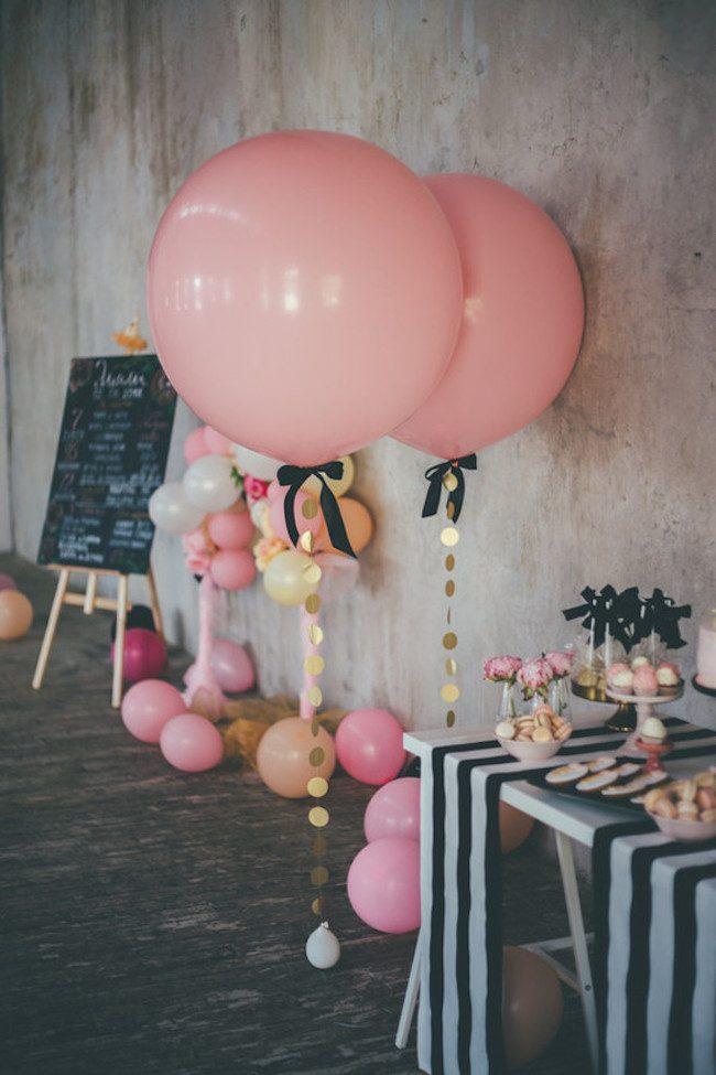 um-doce-dia-aniversario-ouro-e-confetes-cor-de-rosa-02