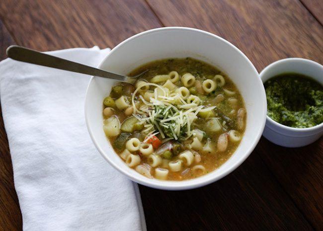 um-doce-dia-receita-minestrone-vegetariano-de-uma-panela-so-04