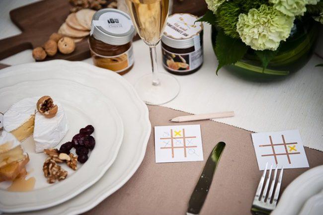 um-doce-dia-decoracao-mesa-de-jantar-verde-vibrante-12