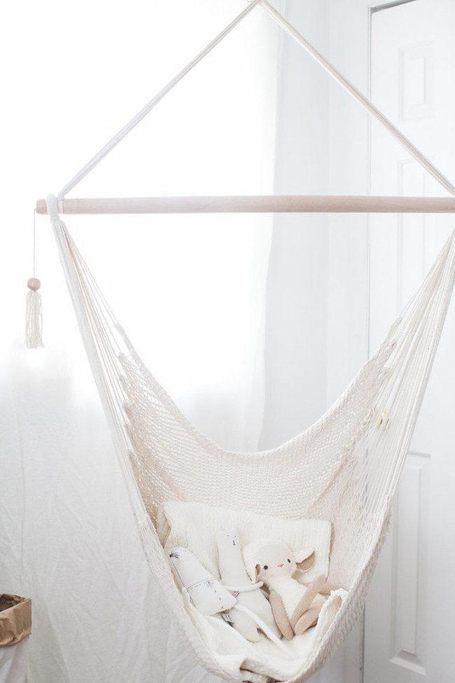 um-doce-dia-quarto-de-bebe-simplicidade-rustica-para-adoraveis-meninas-06
