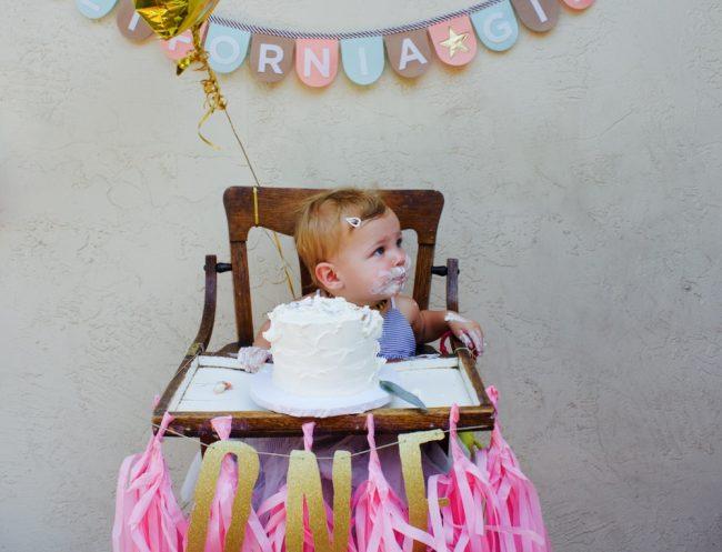 um-doce-dia-glitter-divertido-para-o-primeiro-aniversario-13