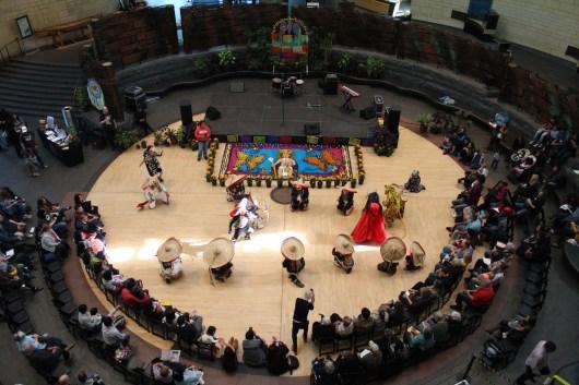 Grupo los Tecuanes performs in the center of the atrium. (Katrina Schmidt/Bloc Reporter)