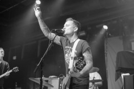 Dave Hause and his band, The Mermaid, opened the show with a combination of folk-rock and alternative-rock jams that had everyone singing. (Miranda Rosen/Bloc Photographer)