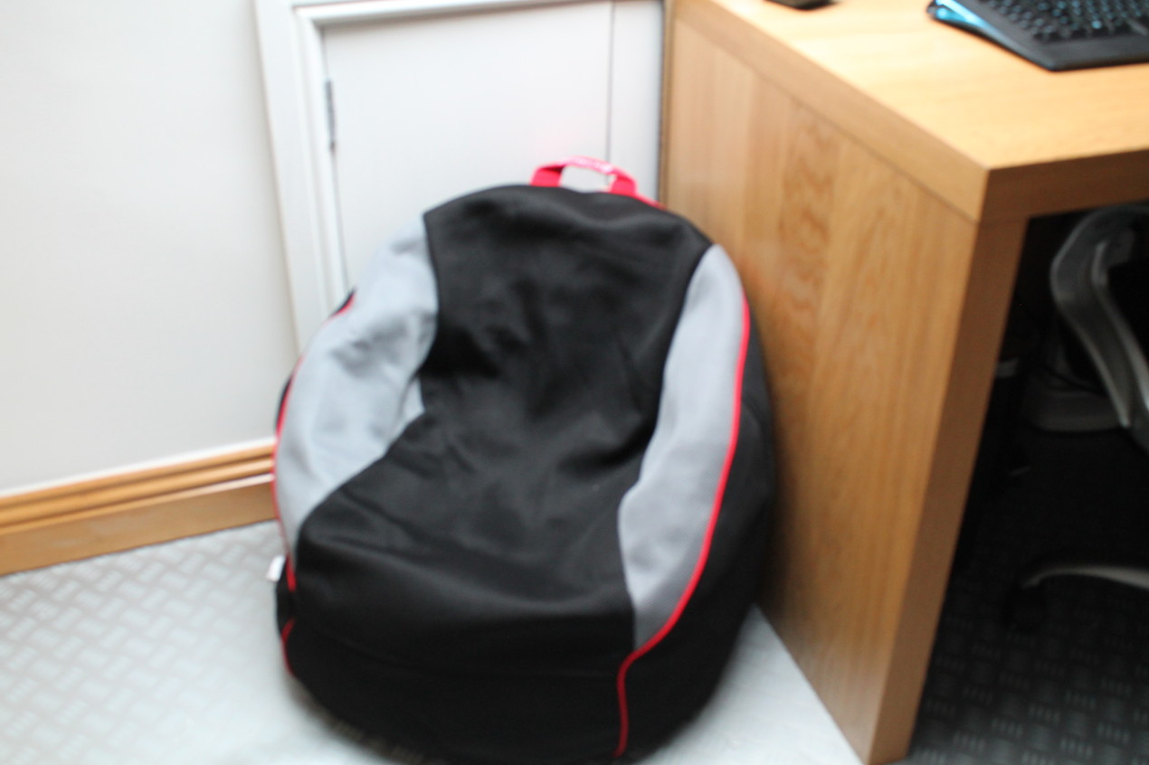 Where Can I Buy A Bean Bag Chair Win Gioteck Rc 1 Gaming Chair And Review U Me And The Kids