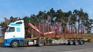preprava-dlouheho-dreva_NPK-39_off-road-promo14
