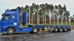 preprava-dlouheho-dreva_NPK-39_off-road-promo18