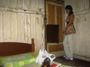 Worst hotel in Bandung | Ummi Goes Where?