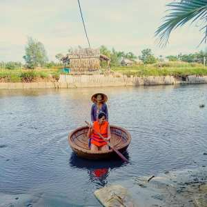 basket boat - Cycling tour in Hoi An Vietnam   Ummi Goes Where?