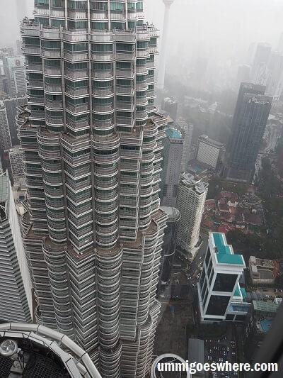 Visiting KLCC Skybridge Petronas Twin Towers | Ummi Goes Where?