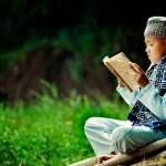 SIBUKKAN DIRI DENGAN Al-QUR'AN  7 KEMULIAAN  AKAN DISANDANG