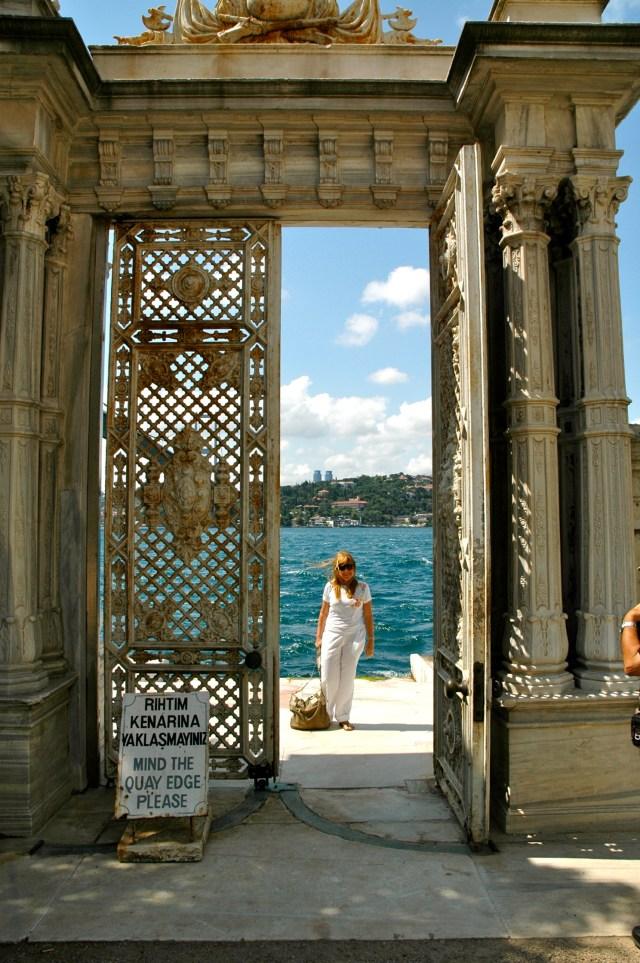 Portão de acesso ao Palácio Beylerbeyi