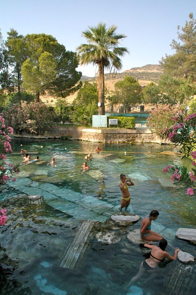 A piscina Romana de Hierápolis