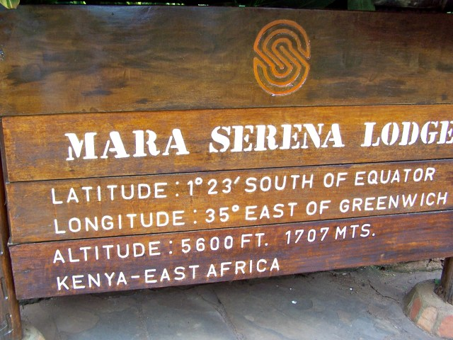 Placa de localização do Mara Serena Lodge