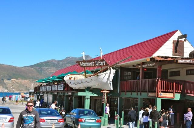 O excelente restaurante Mariner's Warf em Hout Bay