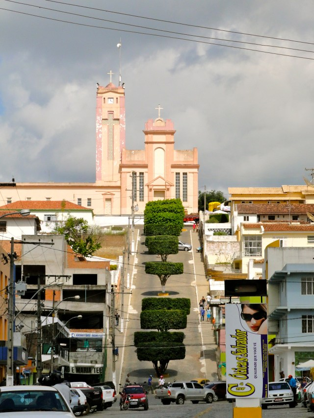 A Ladeira da Muritiba. Divisor urbano da cidade.