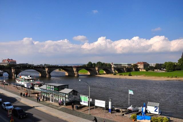 O Rio Elba que corta a cidade de Dresden