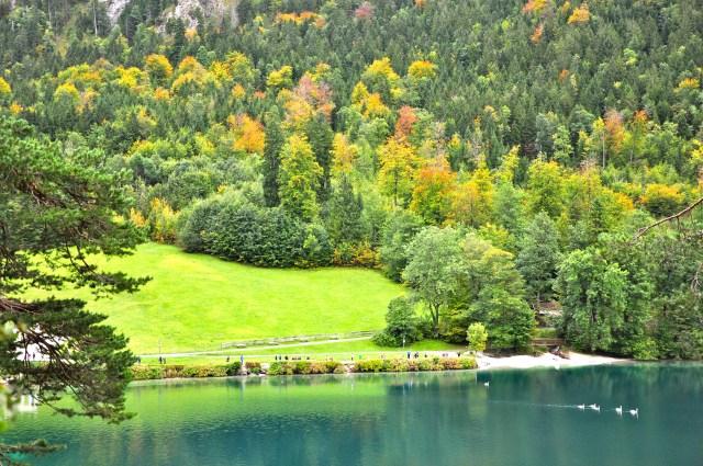 A paisagem maravilhosa nos entornos do Castelo de Hohenschwangau