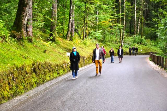 O caminho para o Castelo de Neuschwastein