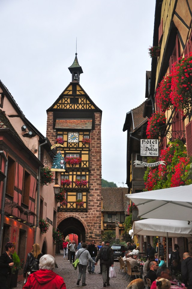 Rua típica de Riquewihr