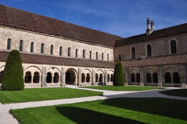 Cláustro da Abadia de Fontenay