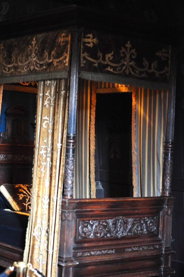 A cama fúnebre de Louise de Lorraine.