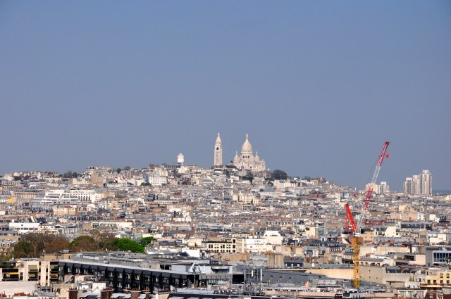 A colina de Montmartre com a Basílica de Sacré-Coeur