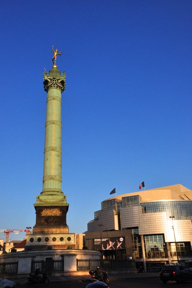 A Coluna de Julho e a Ópera da Bastilha.