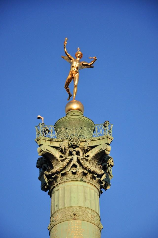 Detalhe da Coluna de Julho na Praça da Bastilha