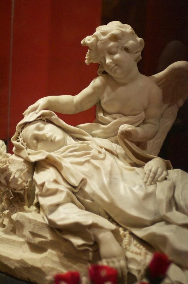Aí ficam as relíquias de Santa Rosa de Lima