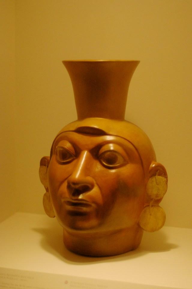 Vaso pré-colombiano do Peru
