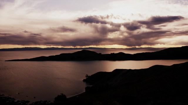 Por do sol na ilha