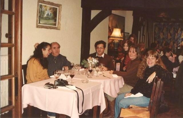 O grupo animado no Restaurante Le Buisson Ardent