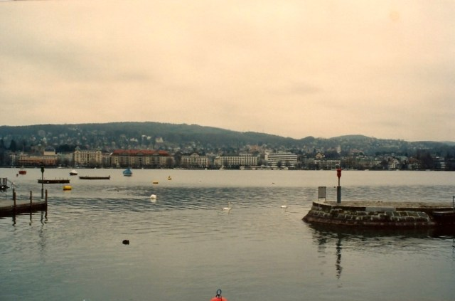 O Rio Limmat em Zurique