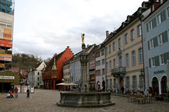 A Münsterplatz em Freiburg