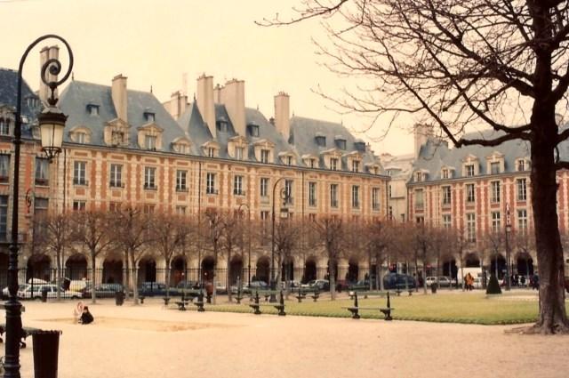 Place des Voges.