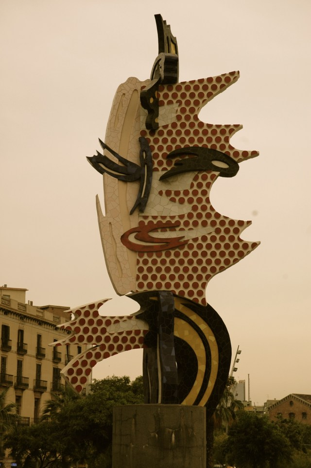 O maravilhoso trabalho de Miró nas ruas de Barcelona