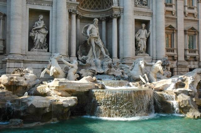 A Fontana di Trevi.