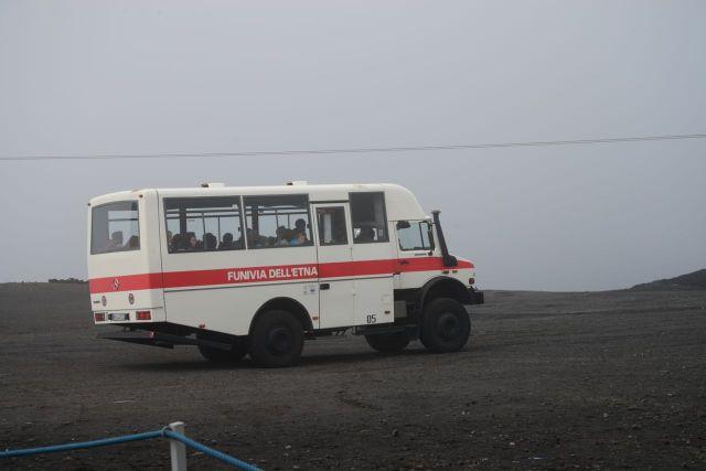 Esses são os ônibus que nos levam à terceira base.