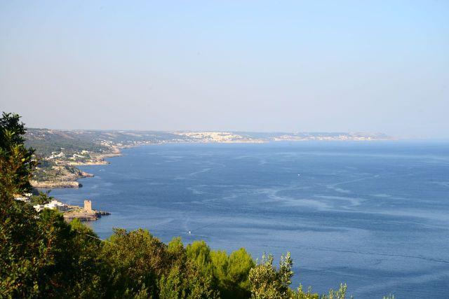 Paisagens estonteantes na costa do Adriático no sul da Itália.