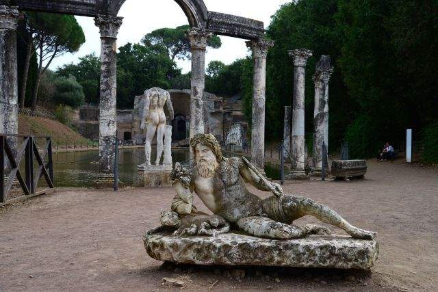A encantadora Villa Adriana.